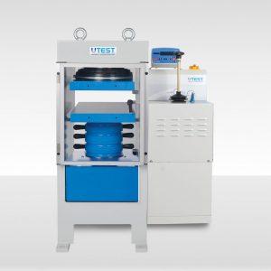 Machine de compression semi-automatique pour blocs